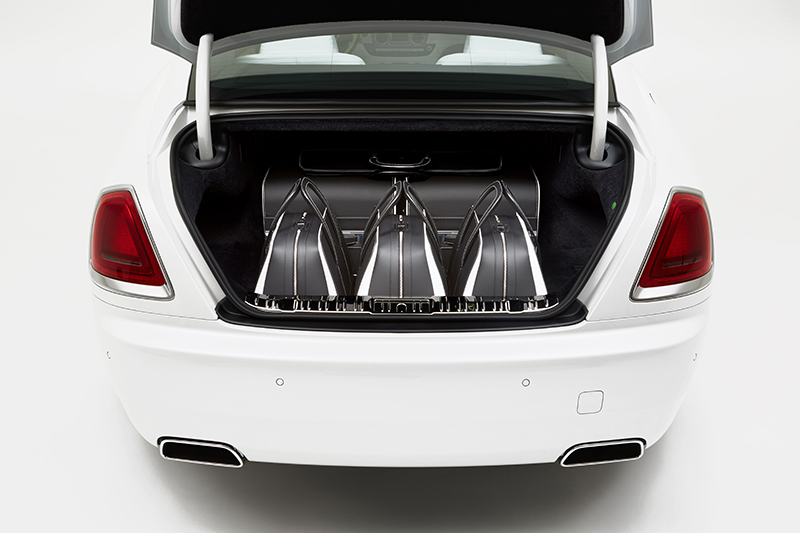 Rolls-Royce-Wraith-luggage-collection2