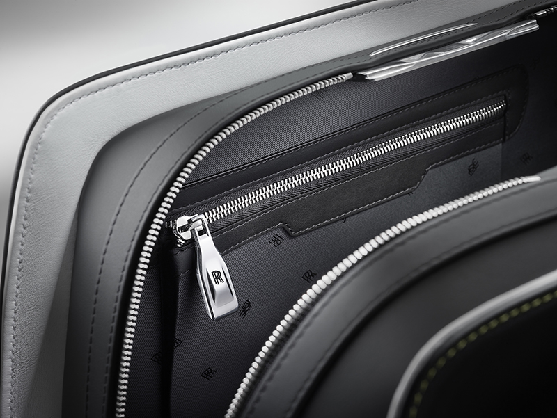 Rolls-Royce-Wraith-luggage-collection4
